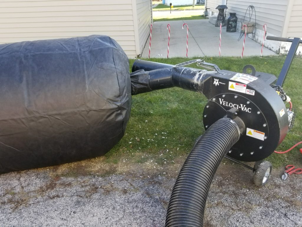 Insulation vacuum